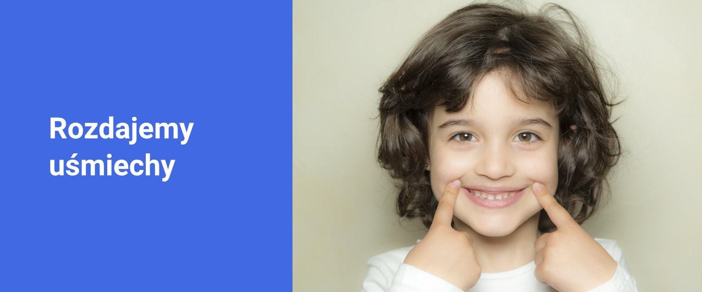Banner rozdajemy uśmiechy - Poliklinika Stomatologiczna Polmedico